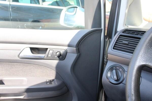 6#5849 Automobile Volkswagen Touran in vendita - foto 18