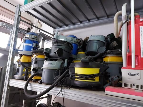 Attrezzatura pulizia professionale in vendita
