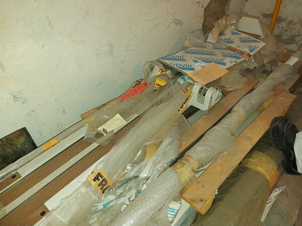 8#5853 Ricambi bullonatrice ARO in vendita - foto 3