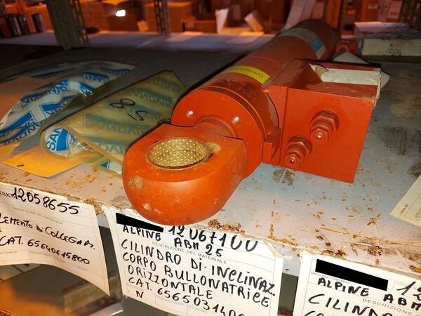 8#5853 Ricambi bullonatrice ARO in vendita - foto 15
