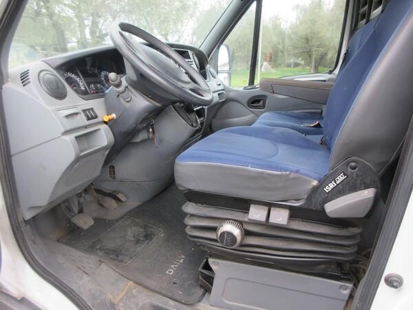 11#5855 Autocarro Iveco in vendita - foto 16