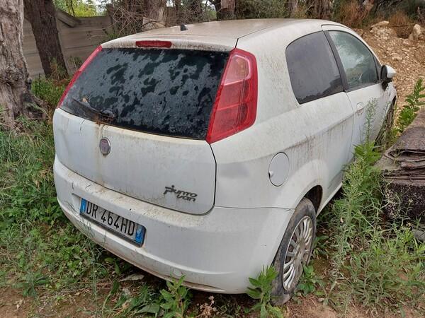 29#5859 Automobile Fiat Punto in vendita - foto 2