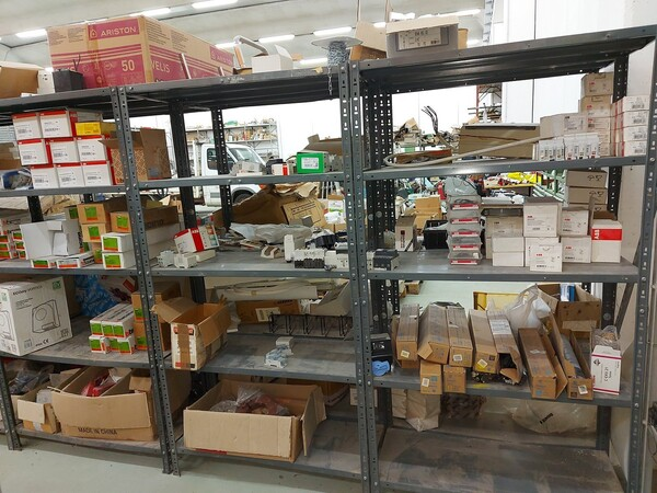 8#5859 Scaffalatura metallica e transpallet in vendita - foto 4