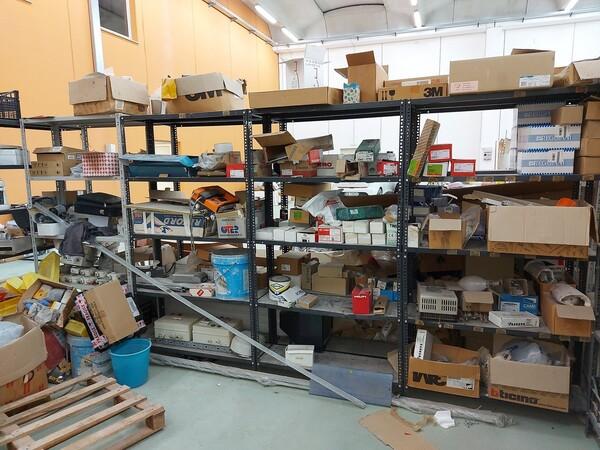 8#5859 Scaffalatura metallica e transpallet in vendita - foto 5