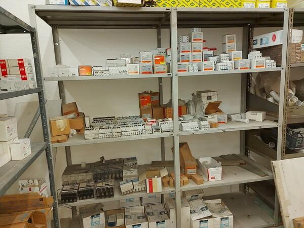 8#5859 Scaffalatura metallica e transpallet in vendita - foto 8