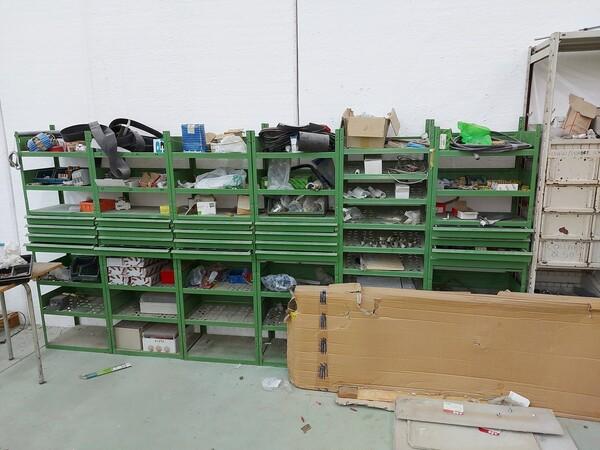 8#5859 Scaffalatura metallica e transpallet in vendita - foto 9