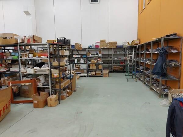 8#5859 Scaffalatura metallica e transpallet in vendita - foto 16