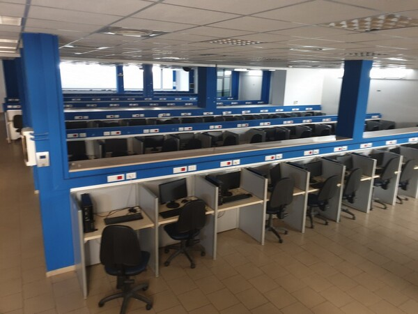 2#5861 Arredo ufficio e pc in vendita - foto 3