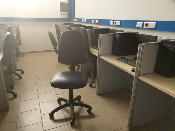 2#5861 Arredo ufficio e pc in vendita - foto 23