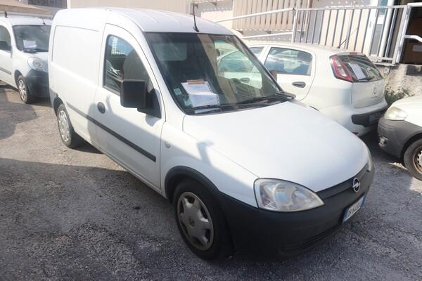 10#5873 Autocarro Opel Combo Van in vendita - foto 1