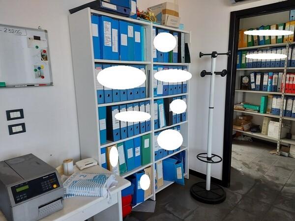 1#5876 Arredo ufficio in vendita - foto 8