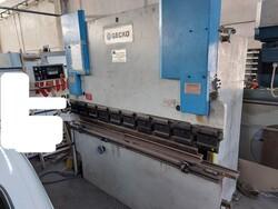 Gecko press brake - Lot 5 (Auction 5881)