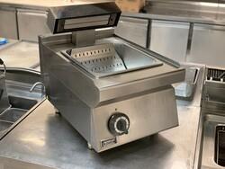 Electric potato warmer - Lot 6 (Auction 5891)