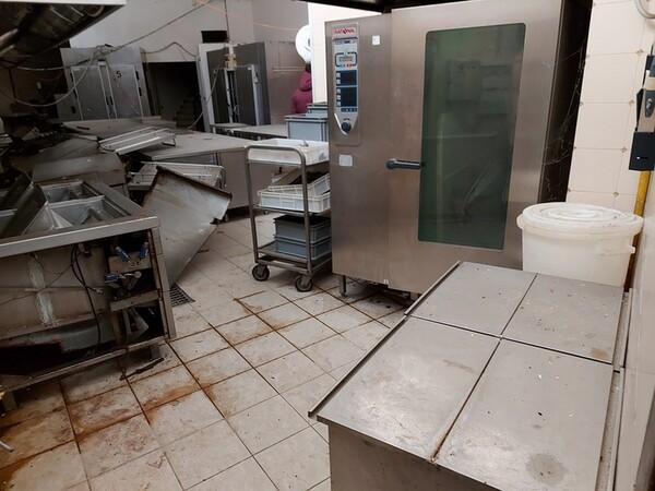 1#5896 Arredi e attrezzature per la ristorazione in vendita - foto 34