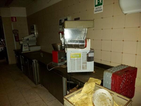 1#5896 Arredi e attrezzature per la ristorazione in vendita - foto 67