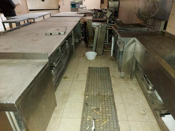 1#5896 Arredi e attrezzature per la ristorazione in vendita - foto 84