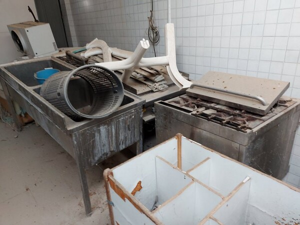2#5896 Arredi e attrezzature per la ristorazione in vendita - foto 57