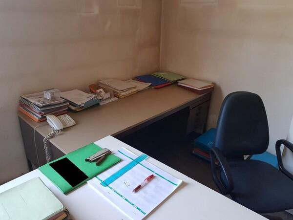 13#5901 Arredi per ufficio e per officina in vendita - foto 4