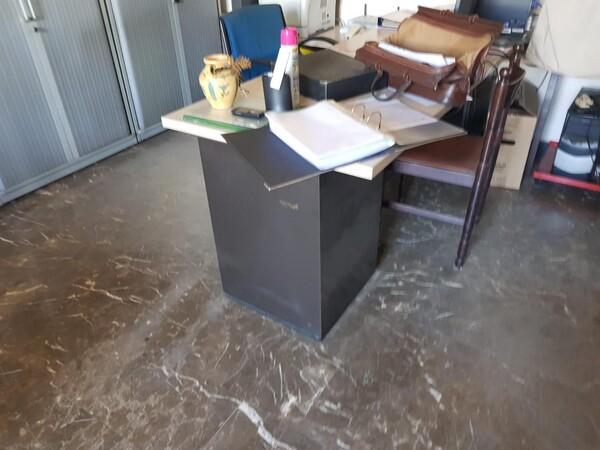 13#5901 Arredi per ufficio e per officina in vendita - foto 5