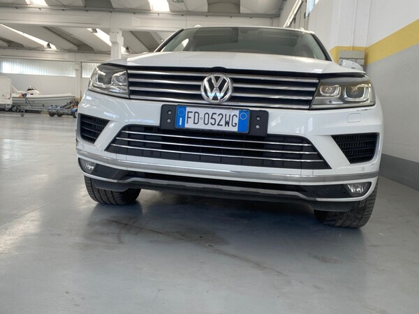 1#5904 Autovettura Touareg Volkswagen in vendita - foto 2
