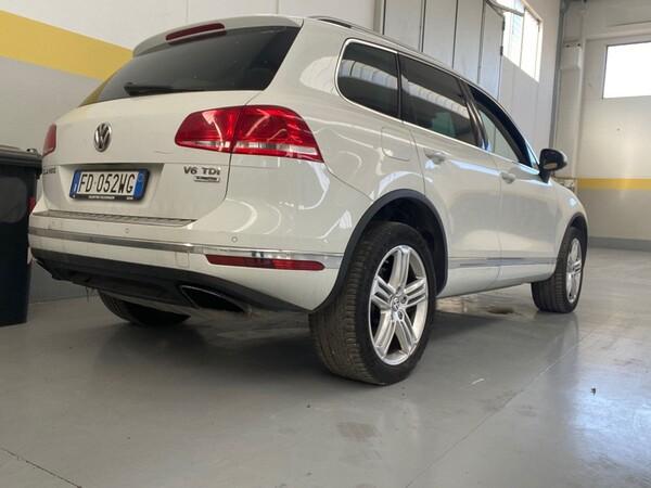 1#5904 Autovettura Touareg Volkswagen in vendita - foto 3