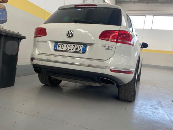 1#5904 Autovettura Touareg Volkswagen in vendita - foto 4