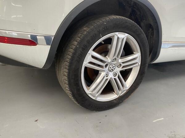 1#5904 Autovettura Touareg Volkswagen in vendita - foto 6