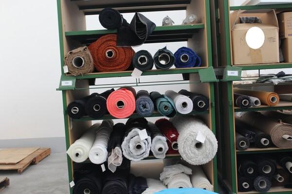 Attrezzatura tessile varia in vendita