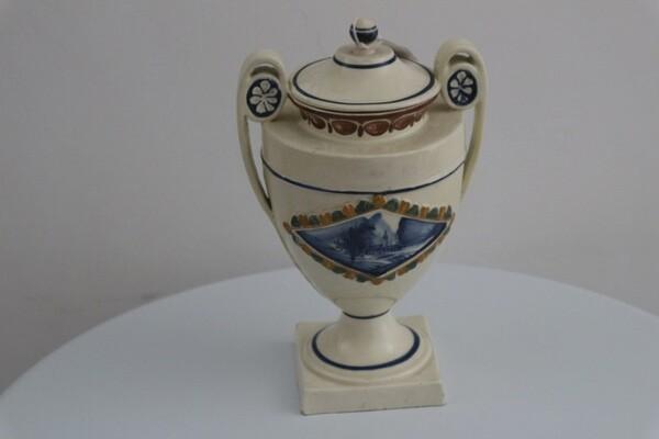 183#5936 Vaso da farmacia con coperchio in vendita - foto 1