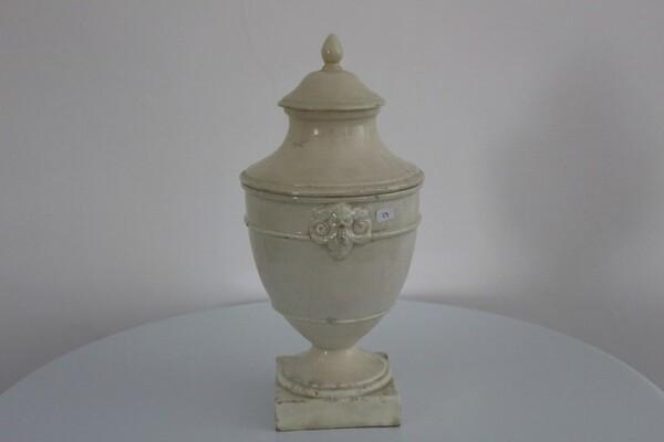 187#5936 Vaso con coperchio in vendita - foto 1