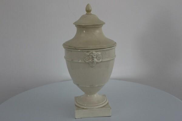 188#5936 Vaso con coperchio in vendita - foto 1