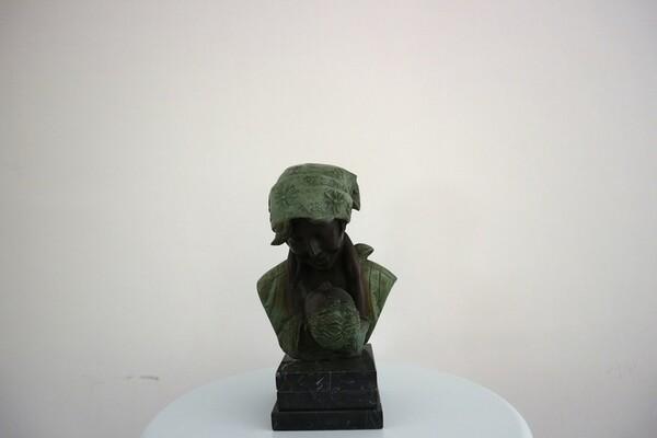231#5936 Statuina Abbraccio Materno in vendita - foto 1