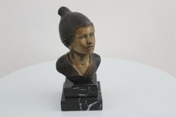 243#5936 Statuina Busto Di Giovane Pescatore in vendita - foto 1