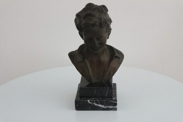 250#5936 Statuina Busto Di Scugnizzo in vendita - foto 1