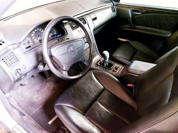 1#5941 Automobile Mercedes benz E250D in vendita - foto 7
