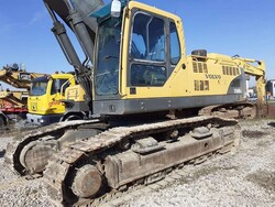Volvo excavator and Iveco Magirus truck - Lot 0 (Auction 5960)