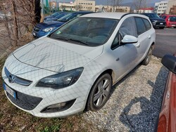 Autovettura Opel Astra
