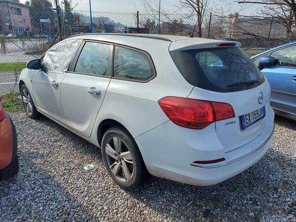 2#5980 Autovettura Opel Astra in vendita - foto 12