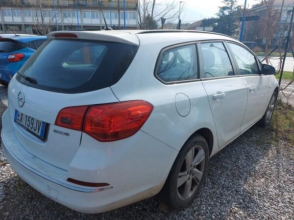 2#5980 Autovettura Opel Astra in vendita - foto 14