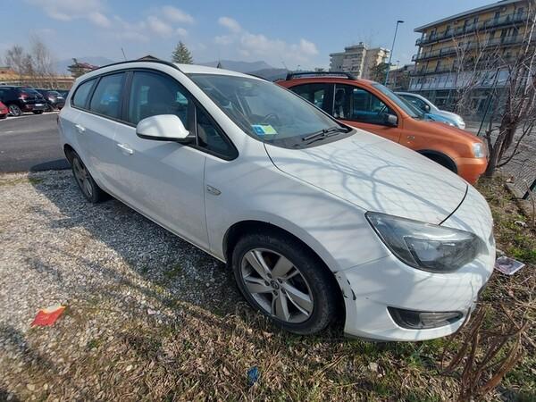 2#5980 Autovettura Opel Astra in vendita - foto 17
