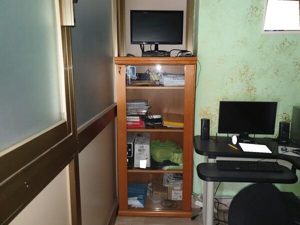 3#5990 Arredi ufficio e attrezzature informatiche in vendita - foto 3
