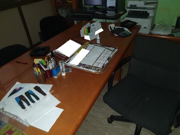 3#5990 Arredi ufficio e attrezzature informatiche in vendita - foto 4