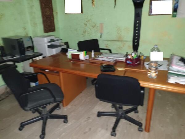 3#5990 Arredi ufficio e attrezzature informatiche in vendita - foto 7