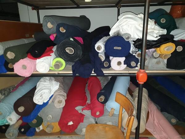 5#5990 Materie prime per lavorazione tessile e capi abbigliamento in vendita - foto 11