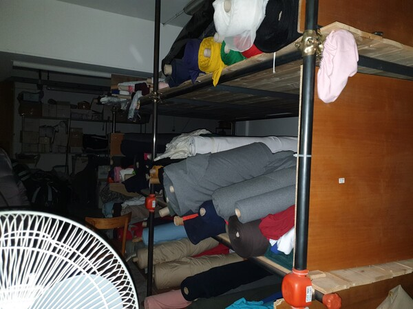 5#5990 Materie prime per lavorazione tessile e capi abbigliamento in vendita - foto 14