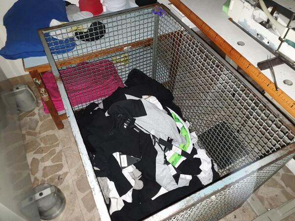5#5990 Materie prime per lavorazione tessile e capi abbigliamento in vendita - foto 16