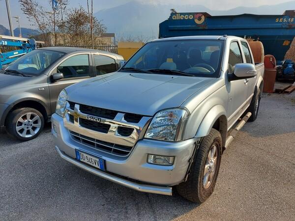 3#5997 Autovettura Isuzu TFS 4wd in vendita - foto 2