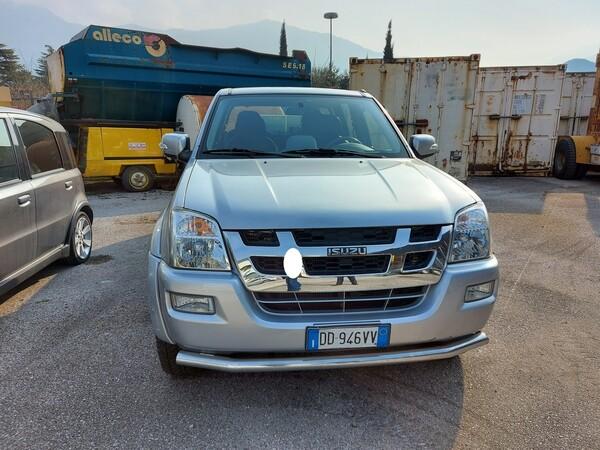 3#5997 Autovettura Isuzu TFS 4wd in vendita - foto 3
