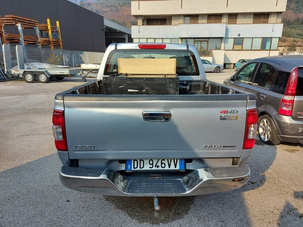 3#5997 Autovettura Isuzu TFS 4wd in vendita - foto 5
