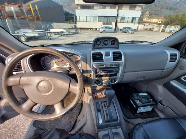 3#5997 Autovettura Isuzu TFS 4wd in vendita - foto 18